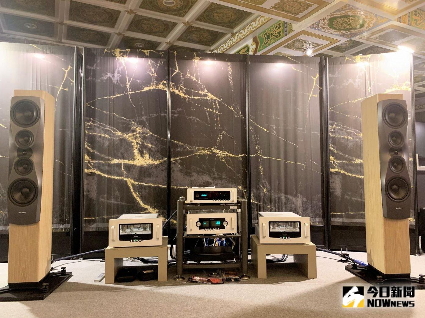 Dynaudio這次在敦睦廳的主力有New Confidence系列,搭配Audio Research前後級系統